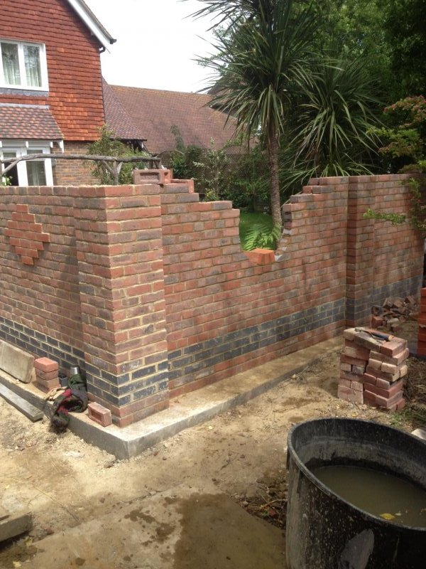 The Premier Construction Of Garden Boundary Wall Company In Kent